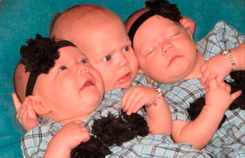 Gay Couple Becomes First To Father Triplets With Both Of.